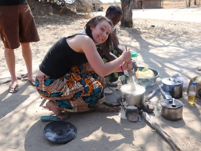 Cooking lesson at Bovu Island