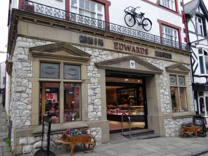 Edwards of Conwy, traditional master butcher and delicatessen