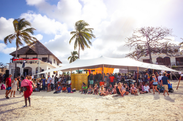 40 amazing things to see do in zanzibar helen in for Zanzibar house music